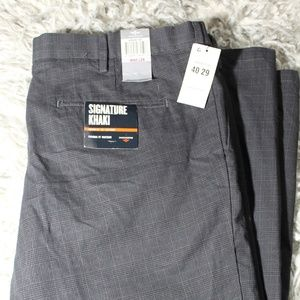 MENS NWT Dockers Grey/Black Khaki Slacks